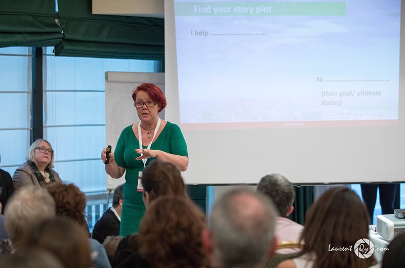 Åsa Rydhard presents to a group in Milano. (Photo credit: Laurent QY)