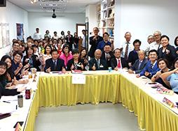 Chua Chu Kang CC Mandarin club members at meeting