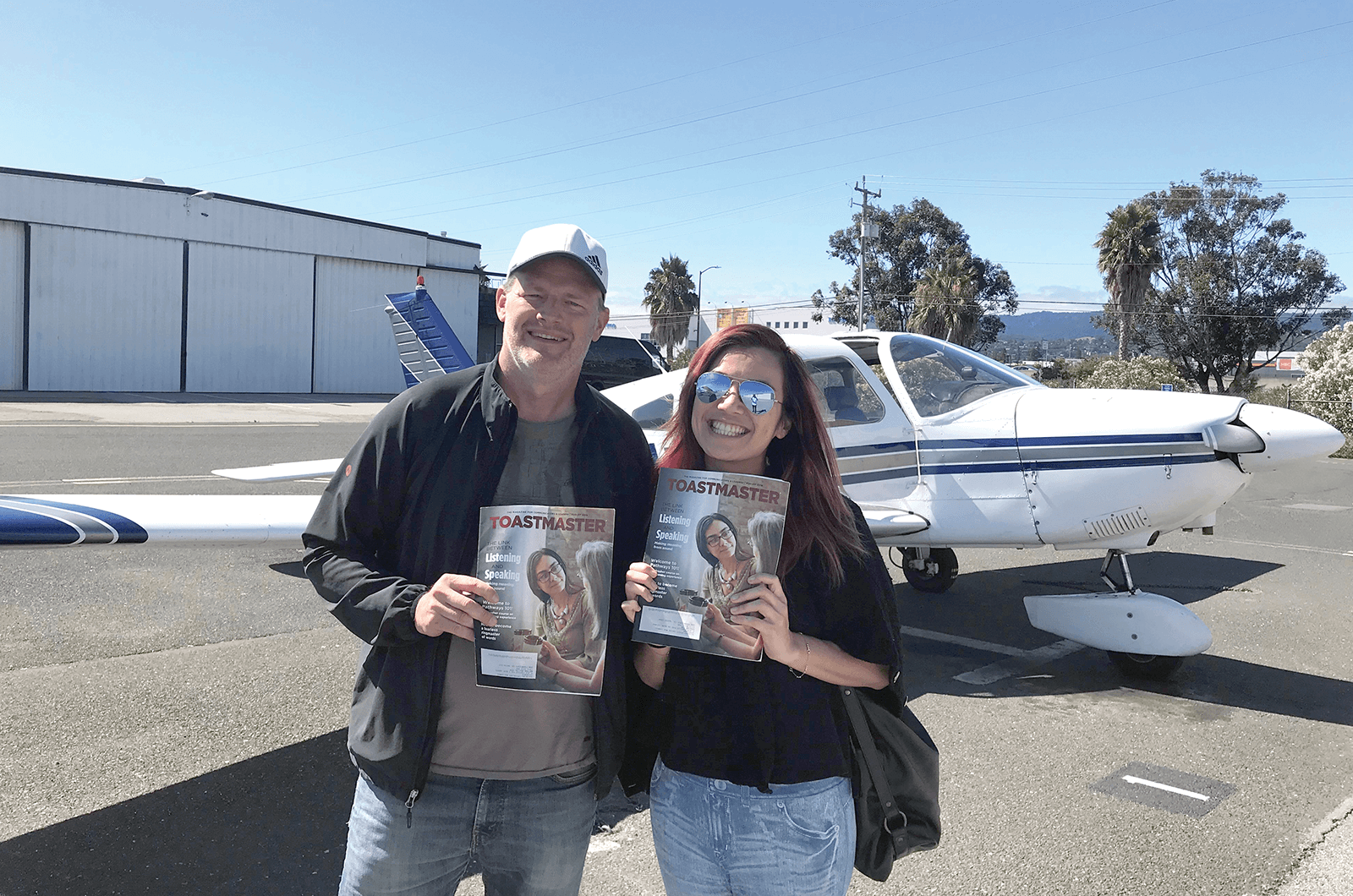 Nathan Mellin, DTM, takes fellow club member Karena Yim, both of San Francisco, California, for a flight around the area.